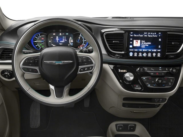 fa5e319d6f 2018 Chrysler Pacifica Hybrid PACIFICA HYBRID LIMITED in Menomonie